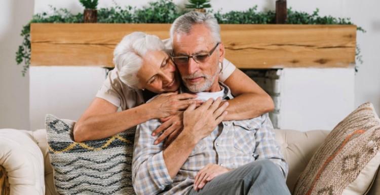 adultos-mayores-cuidados-1