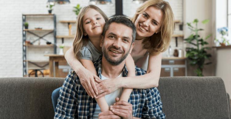 familia-aislamiento-obligatorio-preventivo (1)