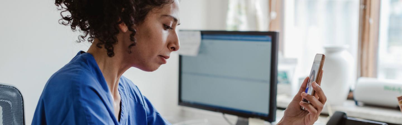seguros-sura-movilidad-observatorio-articulo-servicios-salud-por-internet