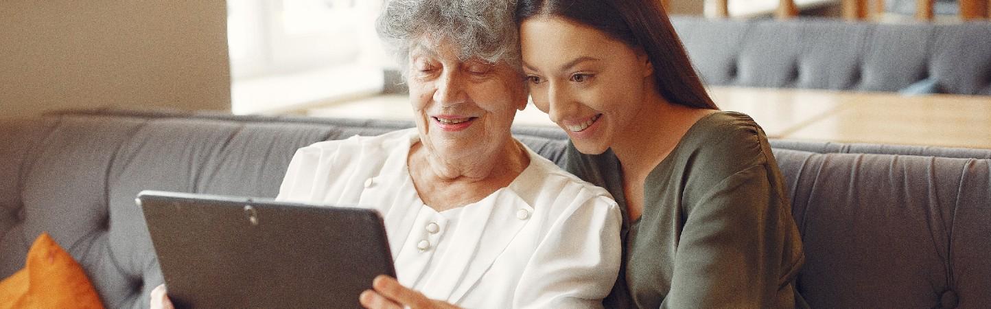Posibilidades educativas para adultos mayores en plataformas digitales