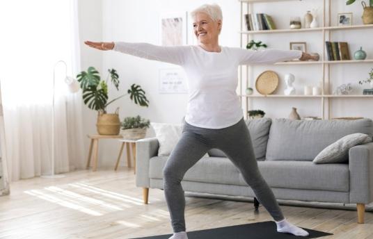 8 hábitos para cuidar la salud mental de los mayores de 60 años